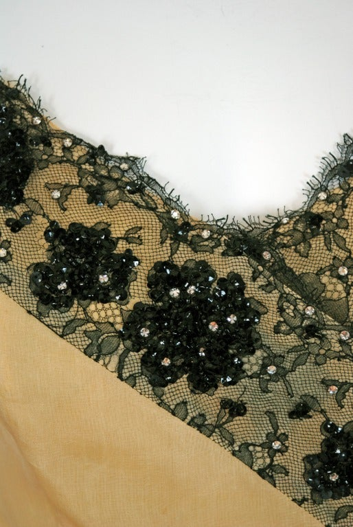 Women's 1950's Jacques Fath Pale-Yellow Silk & Black Beaded Lace Strapless Party Dress For Sale