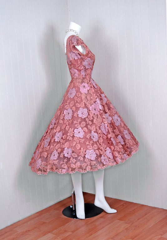1950's Werle Baby-Pink Appliqued French Chantilly-Lace Full Party Dress 3