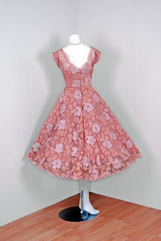 1950's Werle Baby-Pink Appliqued French Chantilly-Lace Full Party Dress 5