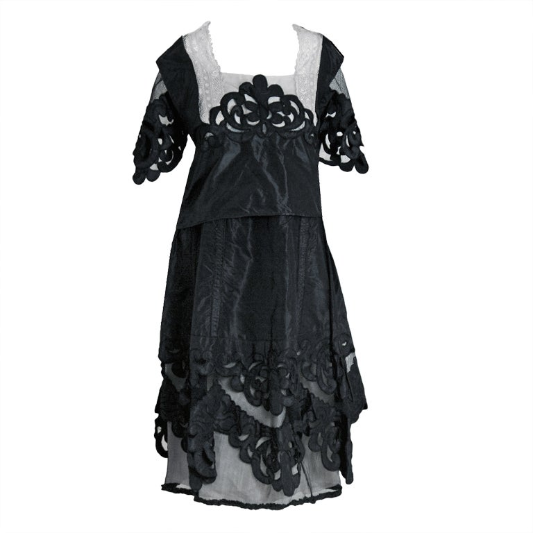 s Flapper Dress Long Fringe Gatsby Dress Roaring 20s Sequins Beaded Dress Vintage Art Deco Dress $ 34 99 Prime. out of 5 stars Whitewed. 20's Great Gatsby Style Beaded Vintage Halloween Party Clothes Dresses. from $ 27 99 Prime. out of 5 stars Vijiv.