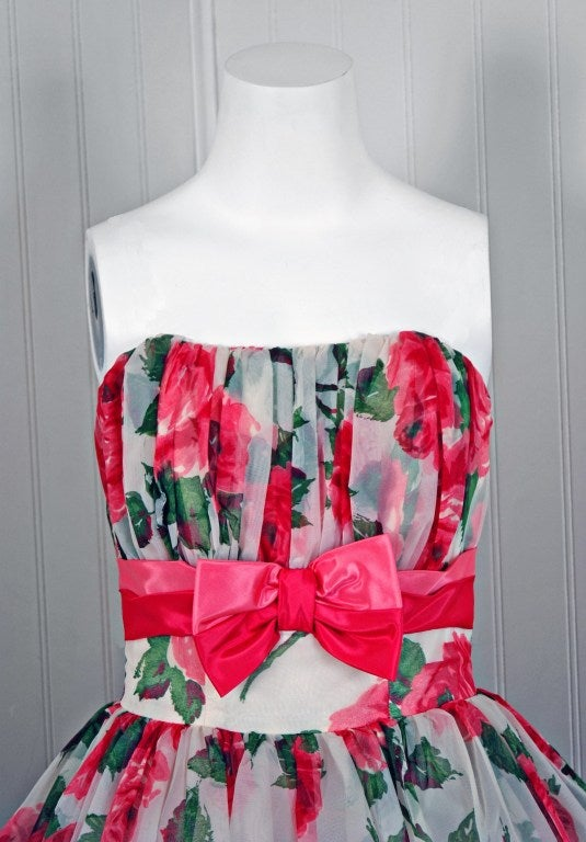 1950's Watercolor Pink-Roses Floral Print Strapless Full Party Dress 2