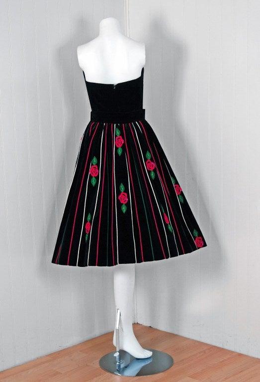 1950's Juli Lynne Charlot Applique Rose Garden Velvet Strapless Dress Ensemble 4