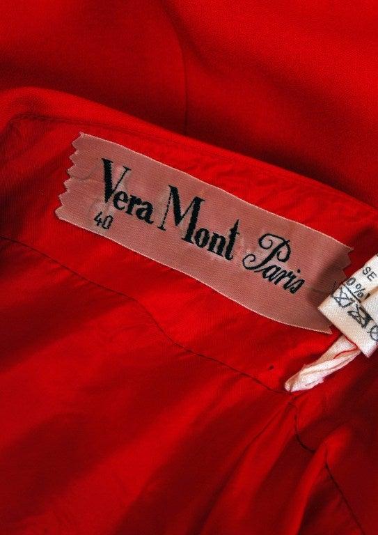 1970 39 s vera mont paris red and black stripe crepe shelf bust plunge maxi dress for sale at 1stdibs. Black Bedroom Furniture Sets. Home Design Ideas