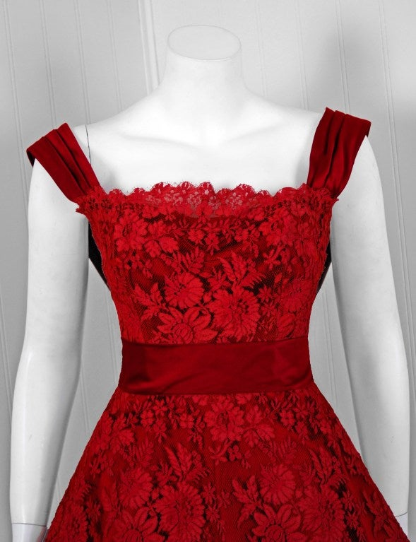 1950's Harvey Berin Red Chantilly-Lace & Satin Full Scalloped Party Dress 2