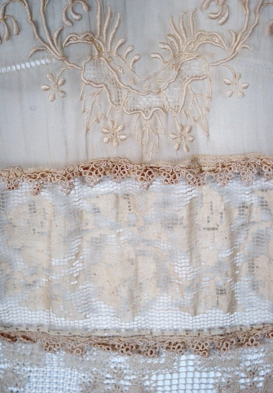 1920's Embroidered Ecru Mixed-Lace Crochet Sheer Puff-Sleeve Bohemian Blouse 2