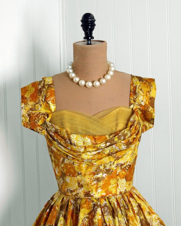 1950's Carlye Marigold-Yellow Floral Print Silk Shelf-Bust Full Party Dress 2