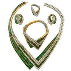 French 1970's Exceptional Emerald & Diamond Suite