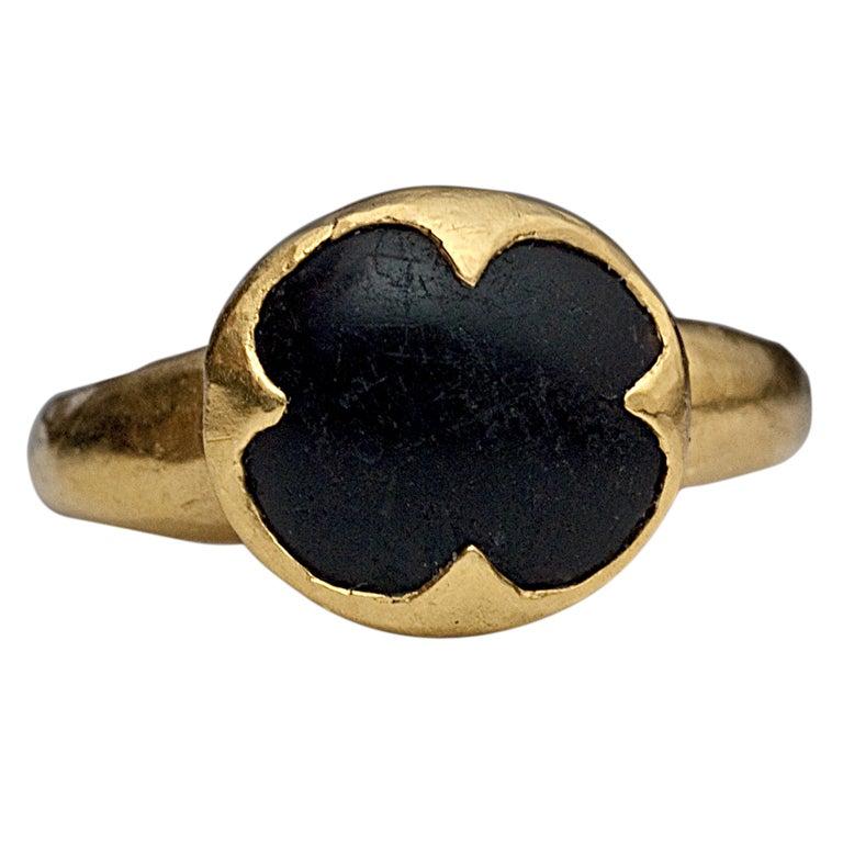 10th-11th Century Byzantine Medieval Onyx Gold Ring