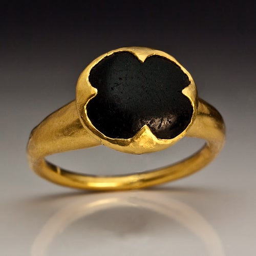 10th-11th Century Byzantine Medieval Onyx Gold Ring image 2