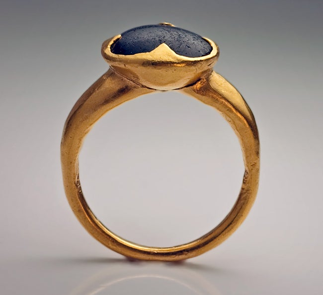 10th-11th Century Byzantine Medieval Onyx Gold Ring image 3