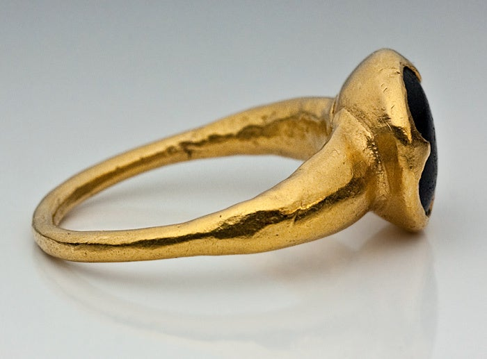 10th-11th Century Byzantine Medieval Onyx Gold Ring image 7