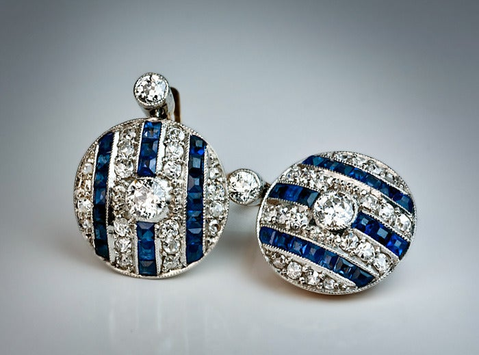 Art Deco Sapphire Diamond Earrings In Excellent Condition For Sale In Chicago, IL