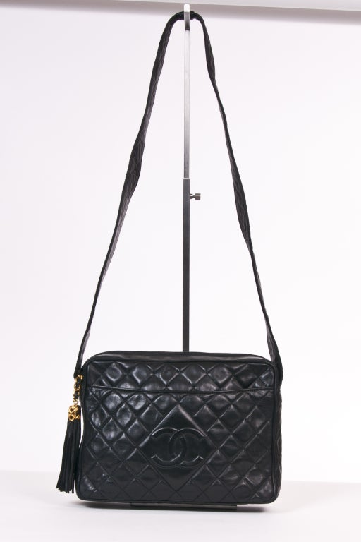 Chanel Vintage Black Quilted Shoulder Leaather Bag 2