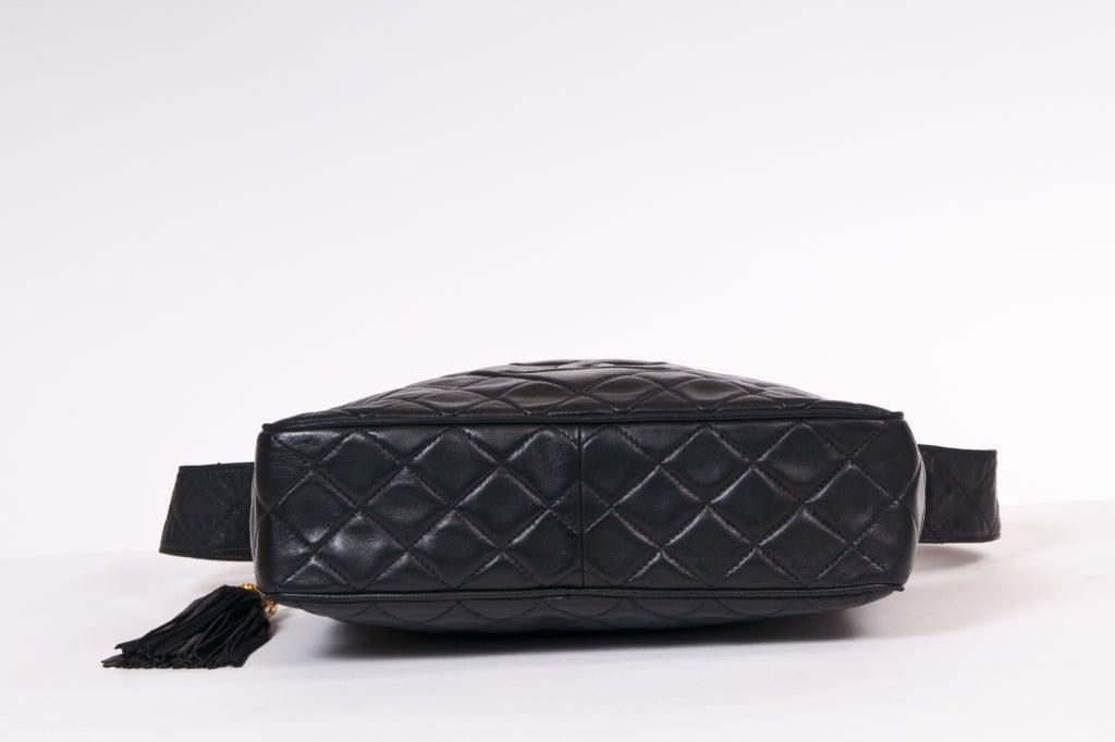 Chanel Vintage Black Quilted Shoulder Leaather Bag 6