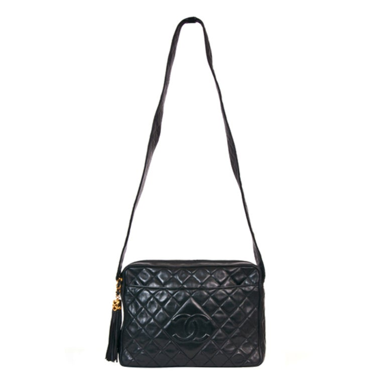 Chanel Vintage Black Quilted Shoulder Leaather Bag 1