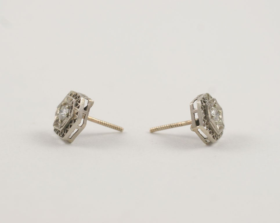 Art Deco Lace Trimmed Diamond Studs For Sale 2