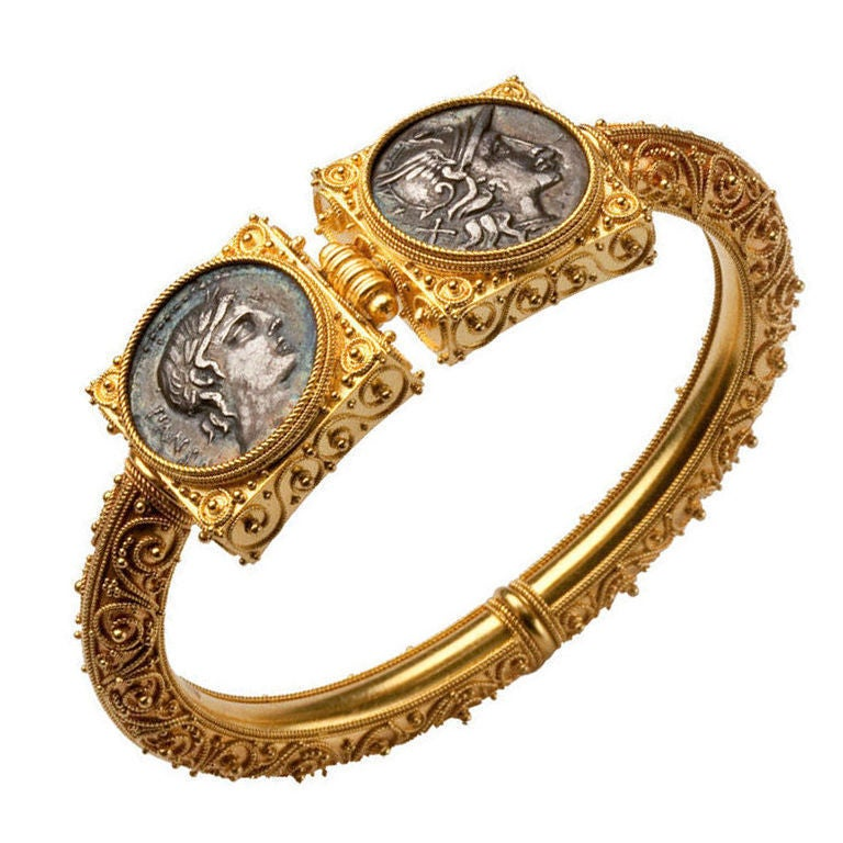 Extraordinary Granulation in an 1870 Gold Bracelet 5