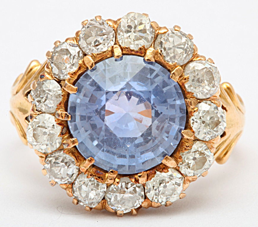 Celestial Natural Cornflower Blue Diamond and Sapphire Ring In Excellent Condition In Stamford, CT