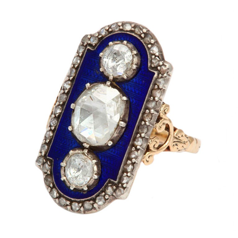 A Striking Beauty: Georgian Three Diamond Ring 1