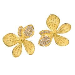 John Iversen Pave Diamond Matte Gold Hydrangea Stud Earrings