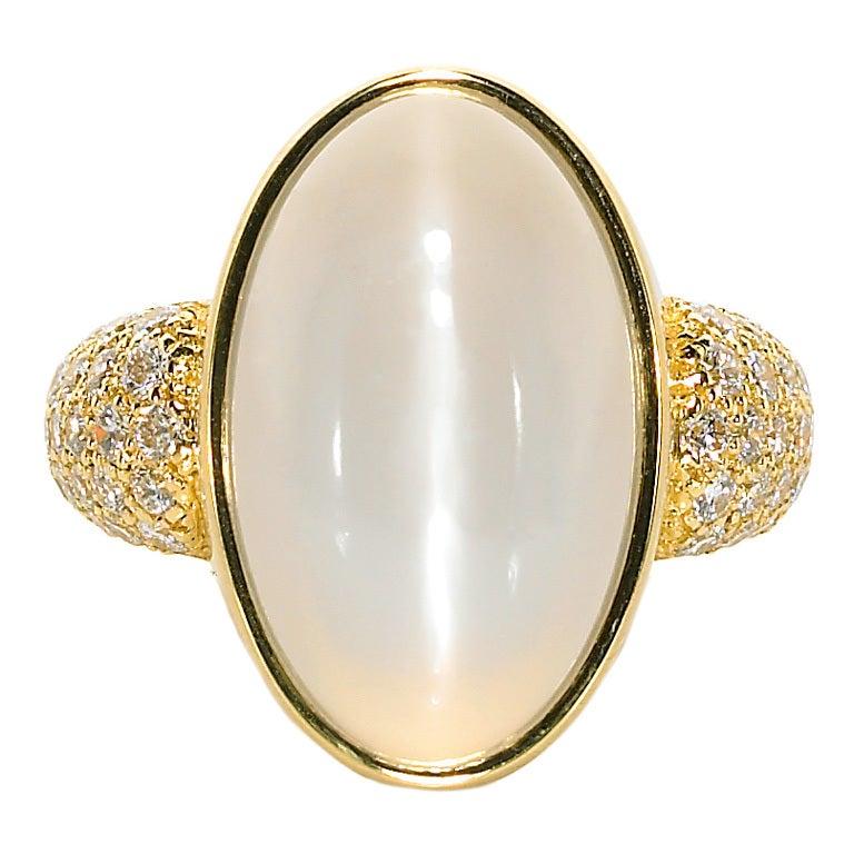 Susan sadler white cat 39 s eye moonstone ring at 1stdibs for Cat s eye moonstone jewelry