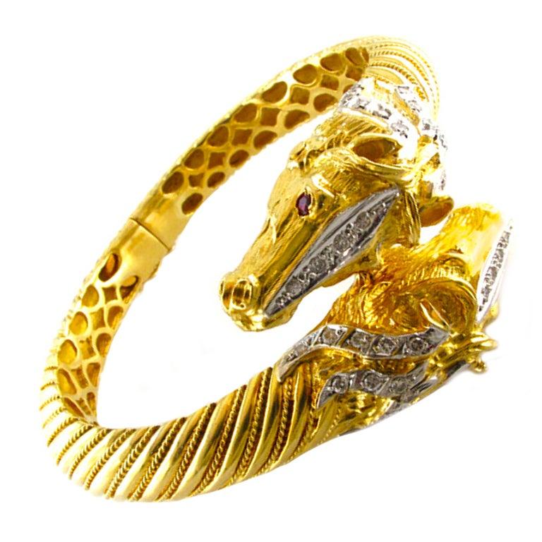Horse Head Diamond Gold Crossover Bangle Bracelet For Sale at 1stdibs