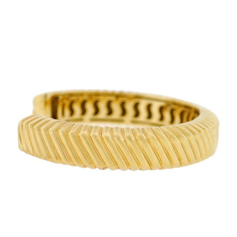 TIFFANY & CO Grooved Gold Cuff Bracelet 2