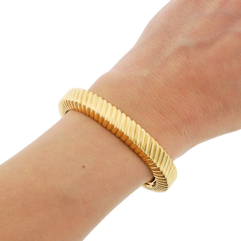 TIFFANY & CO Grooved Gold Cuff Bracelet 7