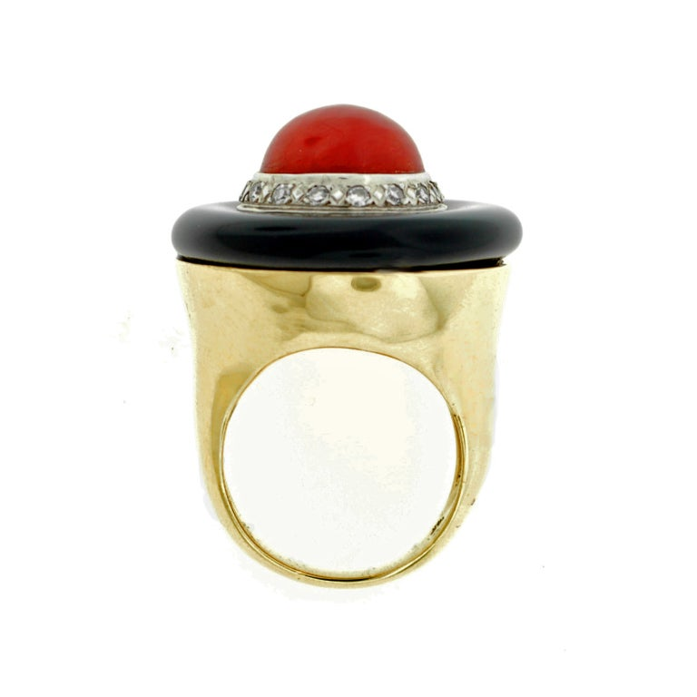 Large Diamond, Onyx & Coral Gold Ring 4