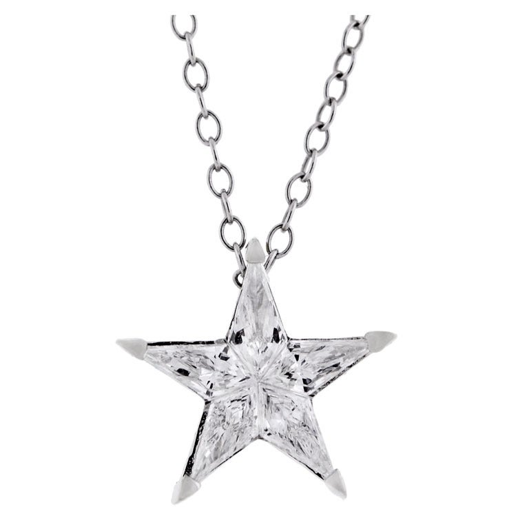Contemporary Kite Cut Diamond Star Pendant 1.15ctw at 1stdibs