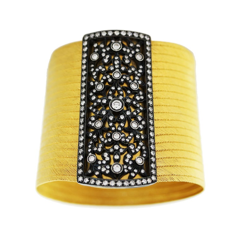 Y. AKDIN  Yellow Gold Woven Bracelet Diamond Clasp