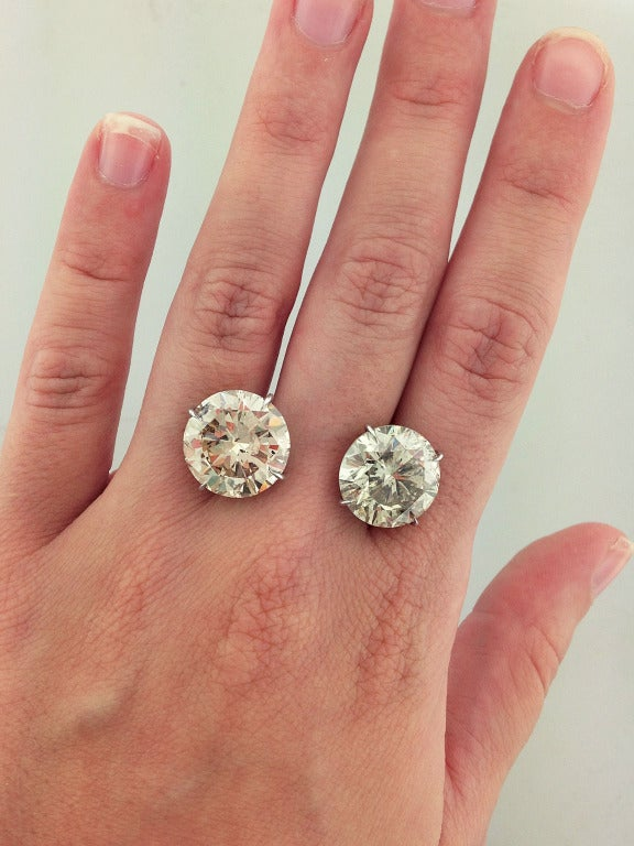 20 carat total weight round diamond stud earrings at 1stdibs