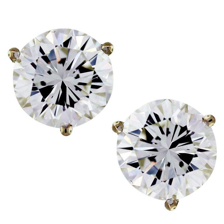 Round Brilliant Cut Diamond Stud Earrings 5 Carats GIA 1