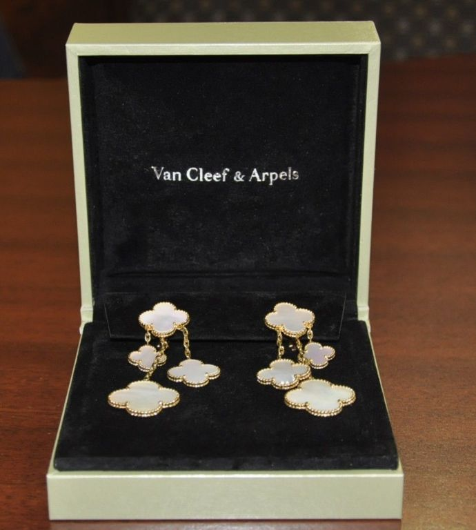 Van Cleef & Arpels Magic Alhambra 4 Motif Mother of Pearl Earclips 4
