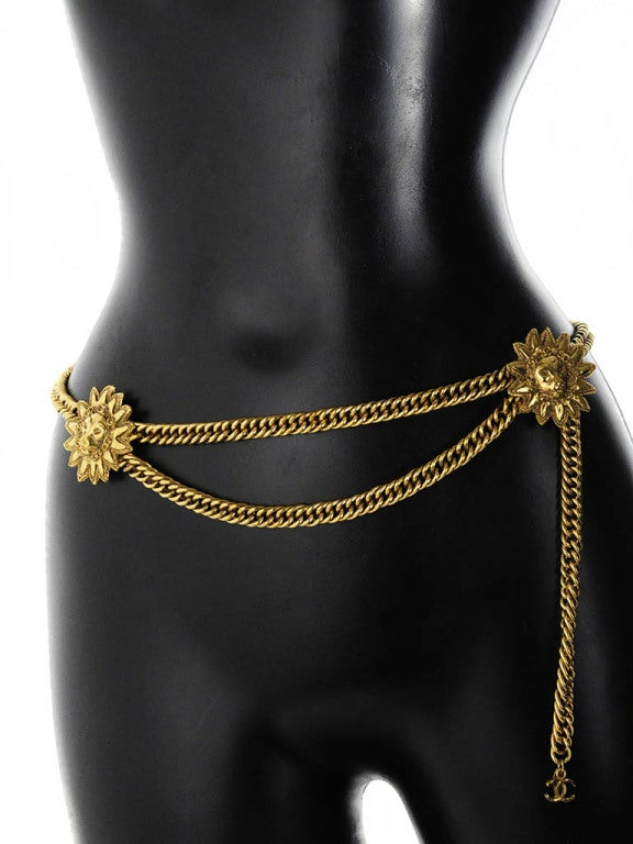 Vintage Chanel Gold Chain Belt with Lion Head Medallions 3