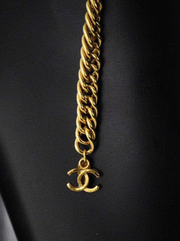 Vintage Chanel Gold Chain Belt with Lion Head Medallions For Sale 2