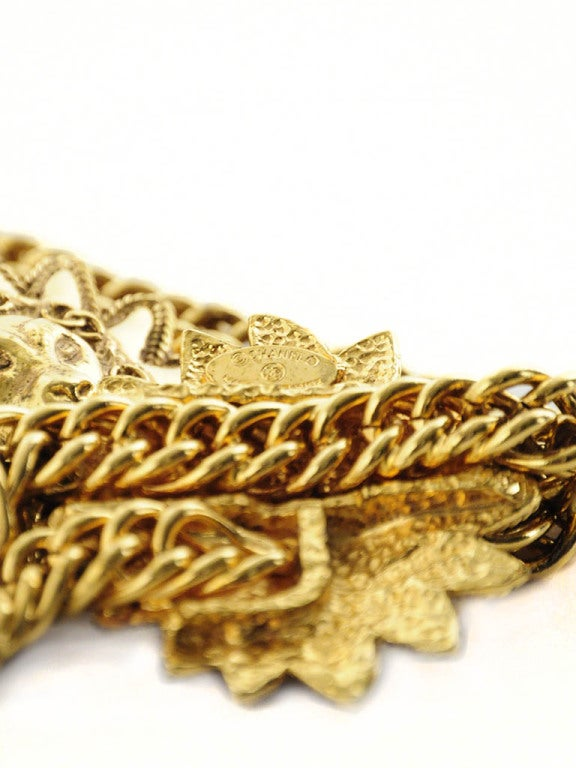 Vintage Chanel Gold Chain Belt with Lion Head Medallions For Sale 3
