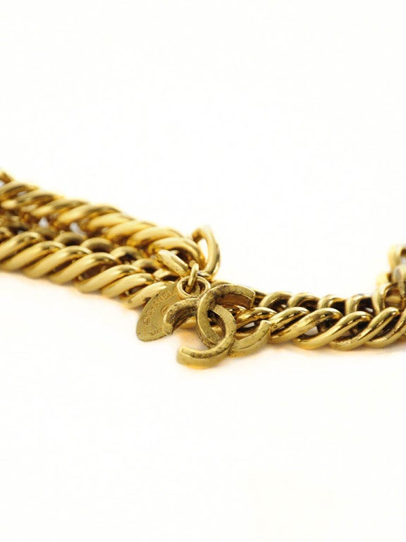 Vintage Chanel Gold Chain Belt with Lion Head Medallions For Sale 4