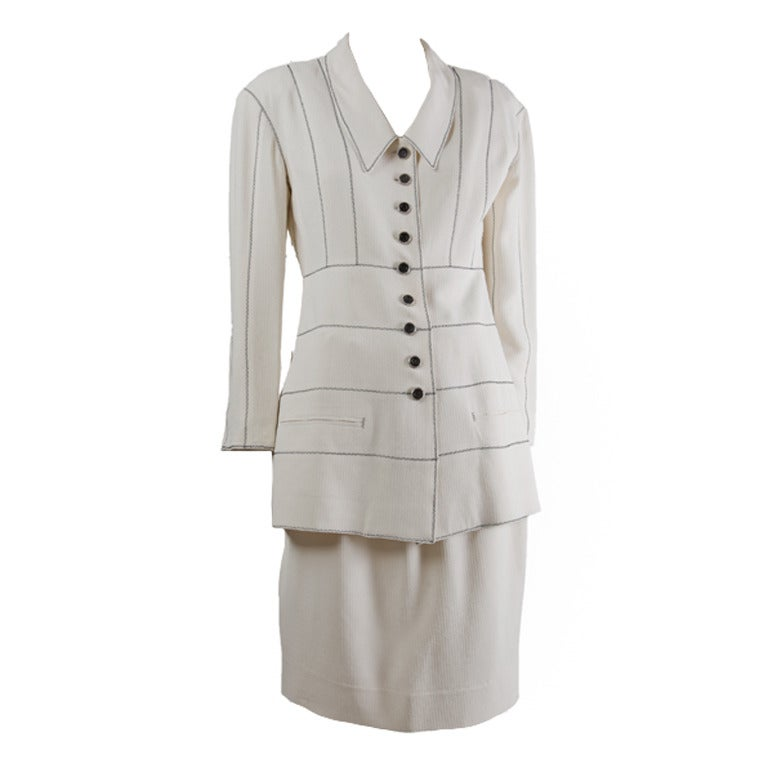 Karl Lagerfeld 2p. Jacket & Skirt Suit-Creme Crepe w/Black Top Stitching