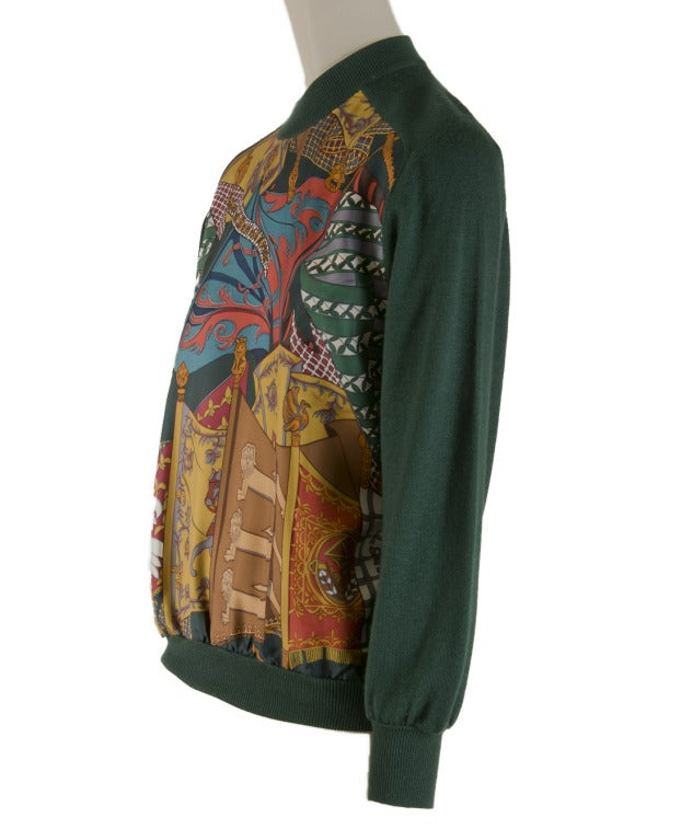 Hermes Sweater - Cashmere / Silk - Hunter Green -  Size 36 In Excellent Condition For Sale In Boca Raton, FL