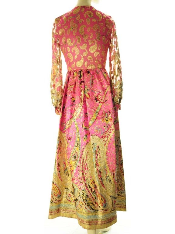 Oscar de La Renta Pink Paisley Even Dress In Excellent Condition For Sale In Boca Raton, FL