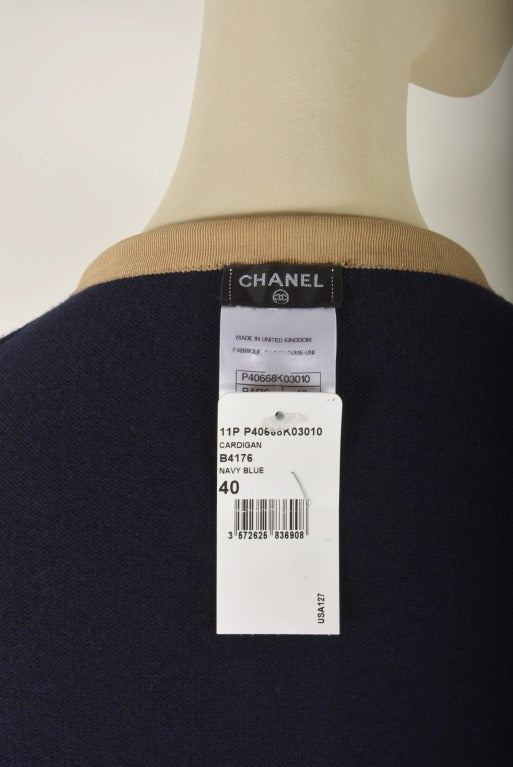 NEW Chanel Navy Blue Tan Trim Cardigan Size 40  Cashmere For Sale 1