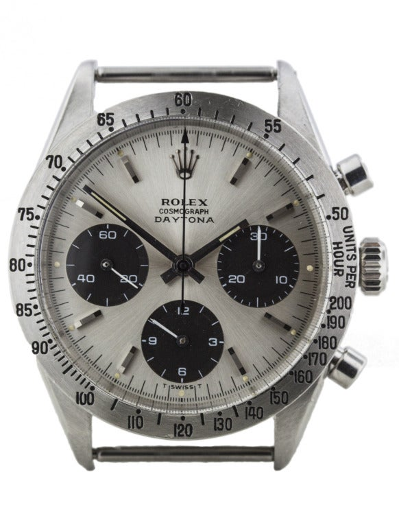 Rolex stainless steel Daytona Cosmograph wristwatch, Ref. 6239, circa 1962, screw-down crown and case back, tachymetric scale engraved on the bezel, case diameter 36mm. Manually wound movement, sub-seconds and chronograph functions. Silvered dial