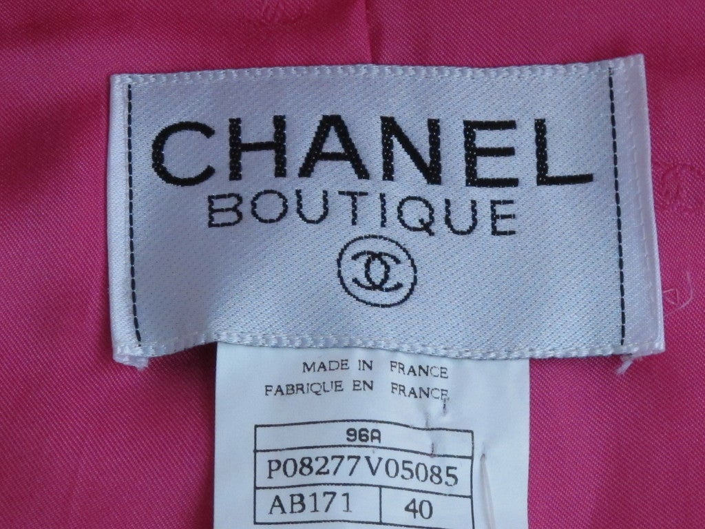 Chanel Military Style Fuchsia Jacket with Gripoix Buttons 3