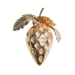 Vintage Napier goldtone strawberry brooch