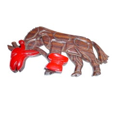 Vintage 1930s large celluloid and wood giraffe brooch