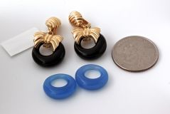 VAN CLEEF & ARPELS Onyx Cobalt Gold Earrings thumbnail 10