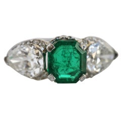 ELLIS BROTHERS Emerald Diamond Platinum Ring