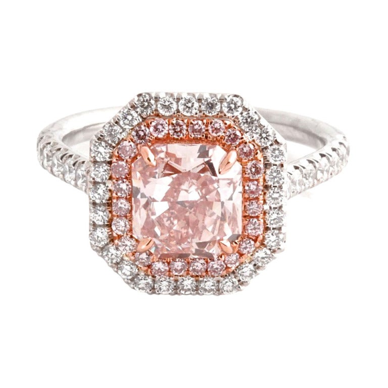 Fancy Orangy Pink 1.92 Ct Gia Diamond Ring