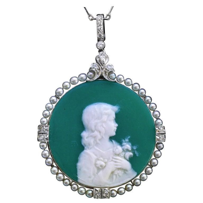 Edmond-Henri Becker Belle Époque Pâte de Verre Diamond Pearl Platinum Pendant For Sale